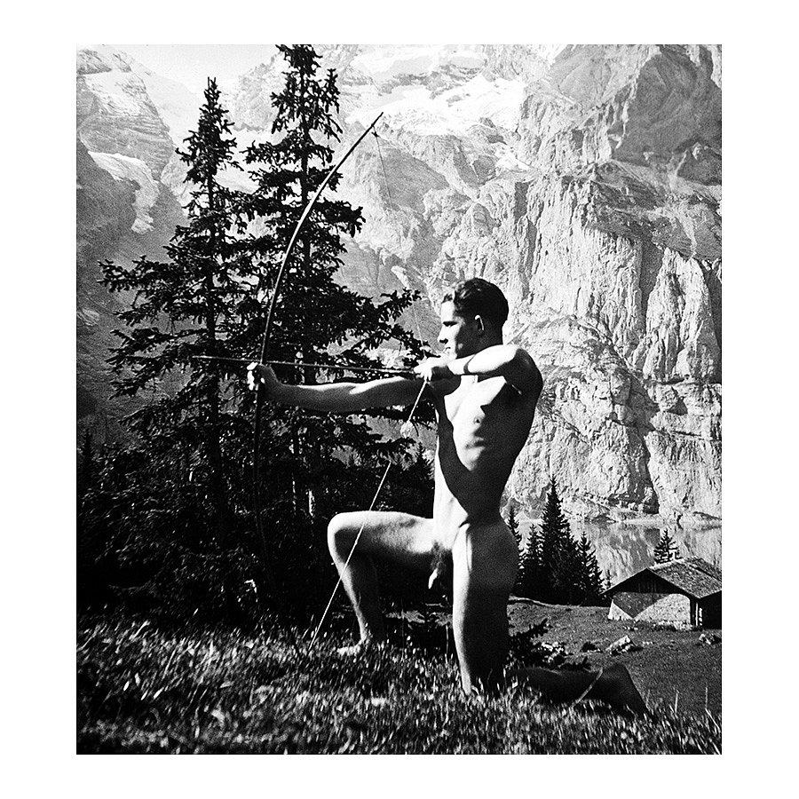 Vor der Berghütte, 1944
